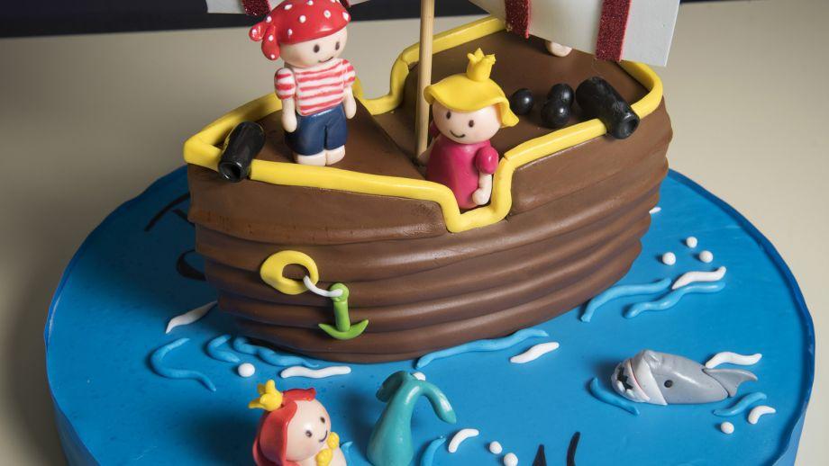 tarta con fondant niños